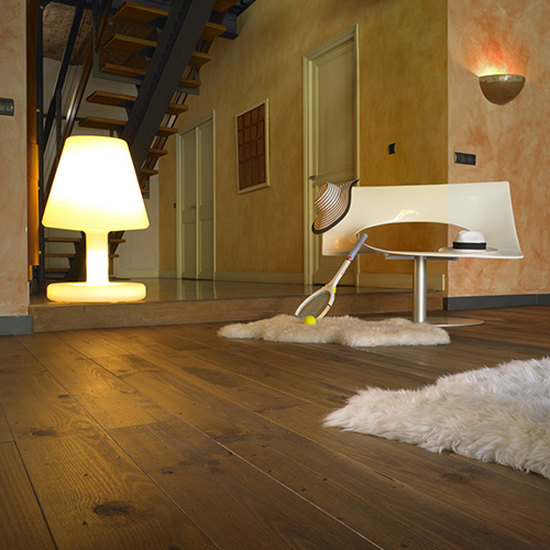 Solid wood floor - French Knotty Antique Pine
